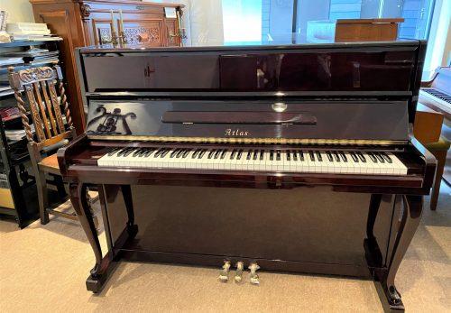 超お手頃価格の中古木目ピアノが出来上がりました¥198,000.(税別)