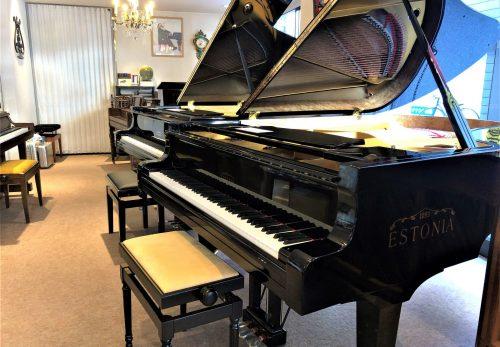 エストニアピアノ入荷しました