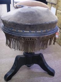 超アンティーク ピアノ椅子